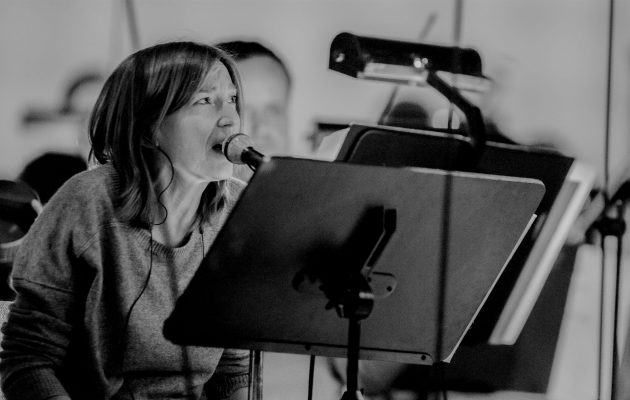 Beth Gibbons and Krzysztof Penderecki perform Gorecki